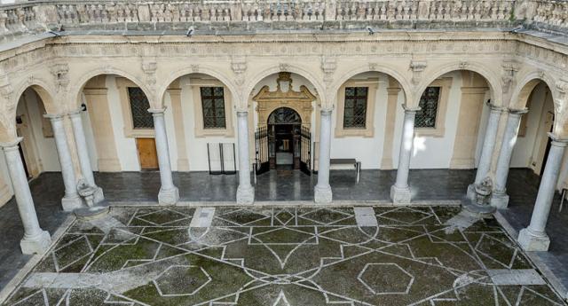 La Biblioteca Comunale di Piazza Brunaccini a Palermo