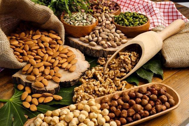 Lo scaccio siciliano (frutta secca mista)
