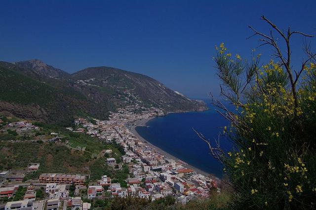 La frazione di Canneto a Lipari - Eolie