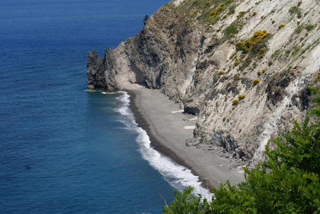 La spiaggetta di Punta Castagna a Lipari - Eolie