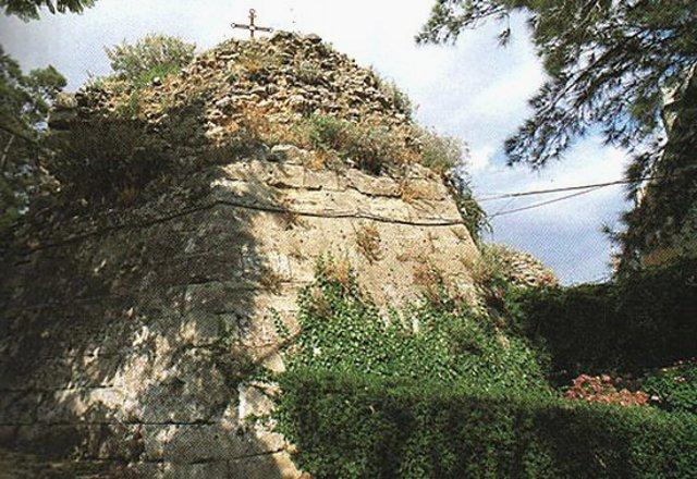 I resti del castello Ducezio a Mineo