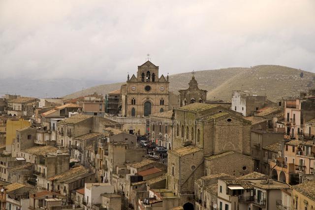 Veduta del centro storico di Monterosso Almo