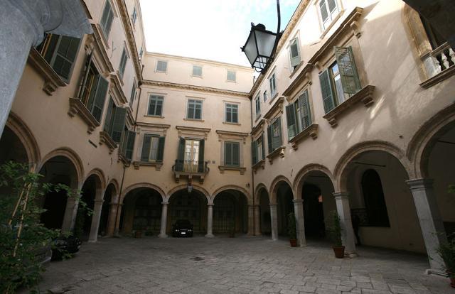 Palazzo Mazzarino - Via Maqueda, Palermo