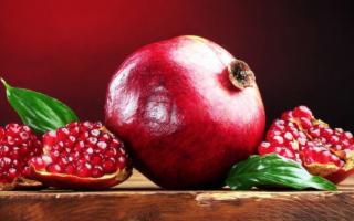 Tutte le virtù del frutto del melograno