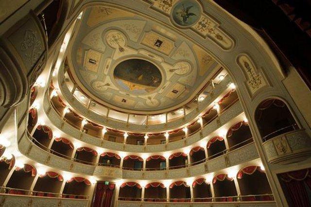 teatro-garibaldi-teatro-in-musica