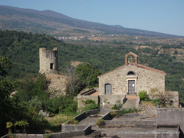 'U Cannizzu' e la Chiesa di San Vincenzo - Castiglione di Sicilia (CT)