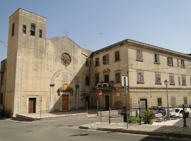 Chiesa di San Nicola di Mira - Episcopio di Piana degli Albanesi, con annesso il Seminario Eparchiale (o Italo-Albanese).