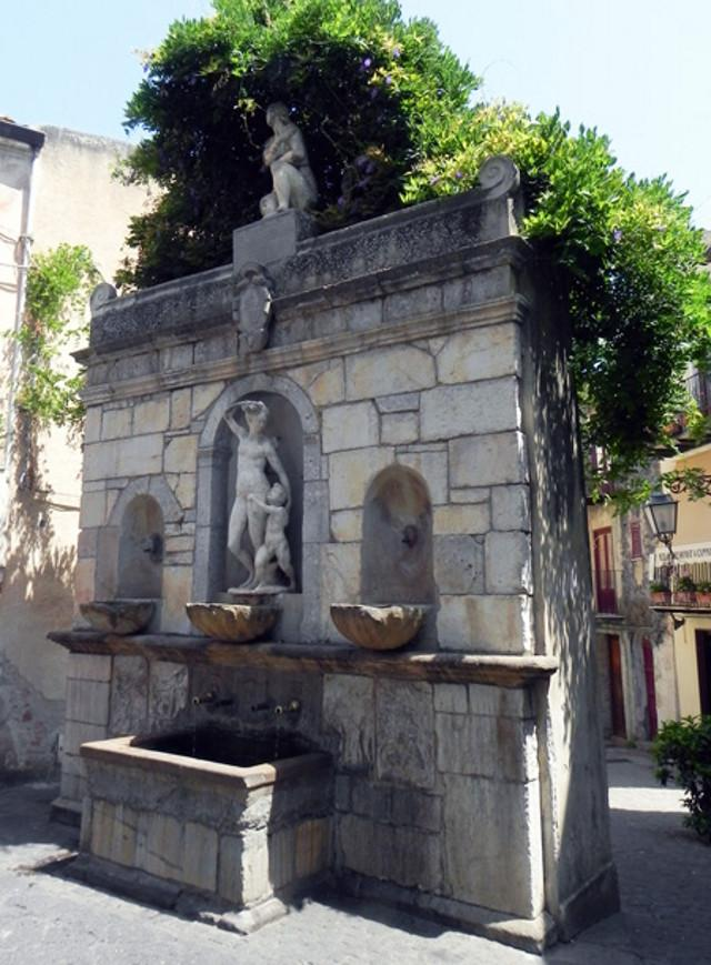 La fontana di Venere Ciprea a Castelbuono (PA)