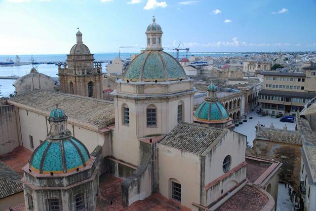 Le cupole celesti della Cattedrale di Mazara del Vallo