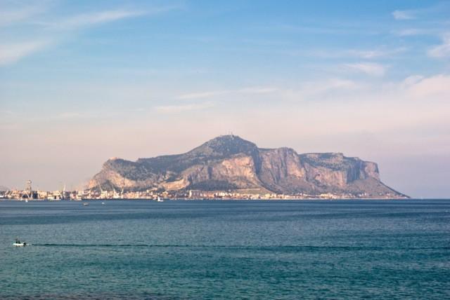 Panorama di Monte Pellegrino, la montagna della Santuzza, Santa Rosalia patrona di Palermo