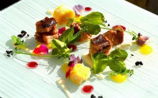 Sette chef per uno show cooking che riaccenderà i sensi