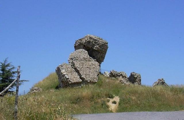 I ruderi del 'Castellaccio' - Aidone (EN)