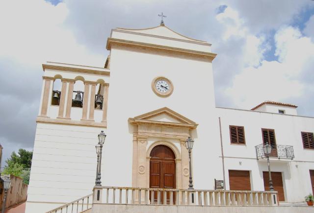 La Chiesa Madre di Buseto Palizzolo dedicata a 'Maria SS. Del Carmelo'