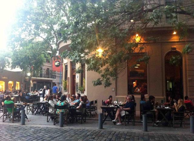 Uno dei tanti locali che animano il barrio Palermo di Buenos Aires