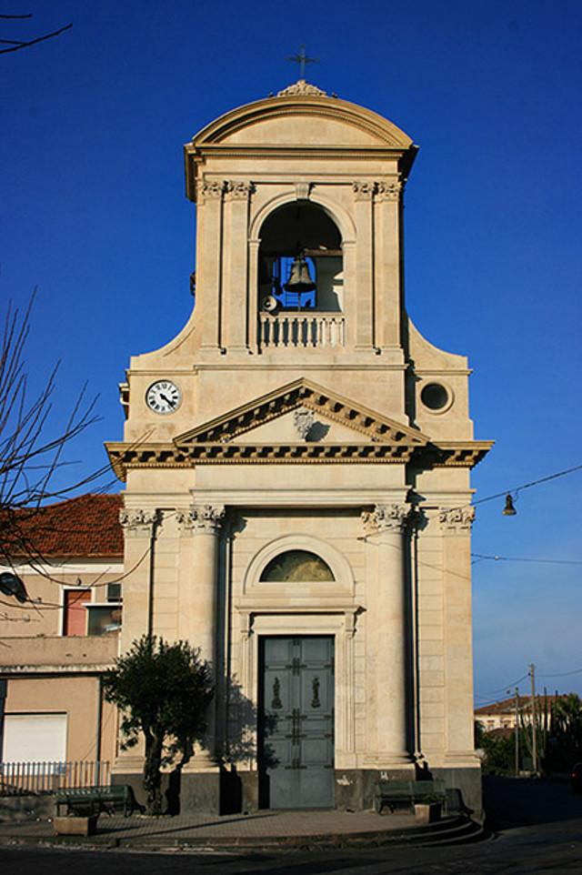 La chiesa di Maria Santissima di Porto Salvo nella frazione di Altarello a Giarre (CT)