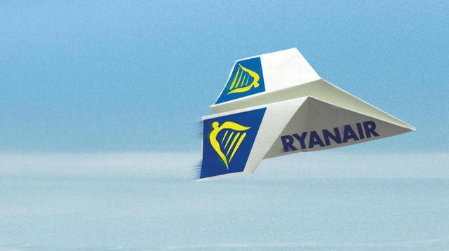 Offerte di lavoro: Ryanair assume assistenti di volo anche a Palermo e Catania