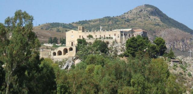 Il Convento della Madonna della Dajna a Marineo