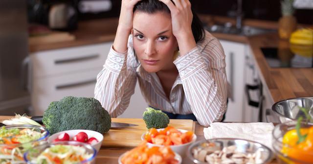 """Conseguenza delle """"diete bufale"""" è l'aumento del numero di italiani che soffrono di scompensi nell'alimentazione e psicologici..."""