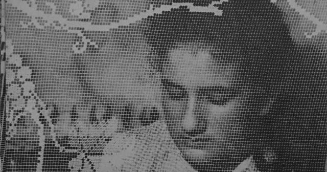 Foto storica di una ricamatrice di Isnello
