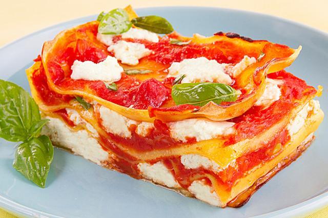 Lasagna con pomodoro e ricotta