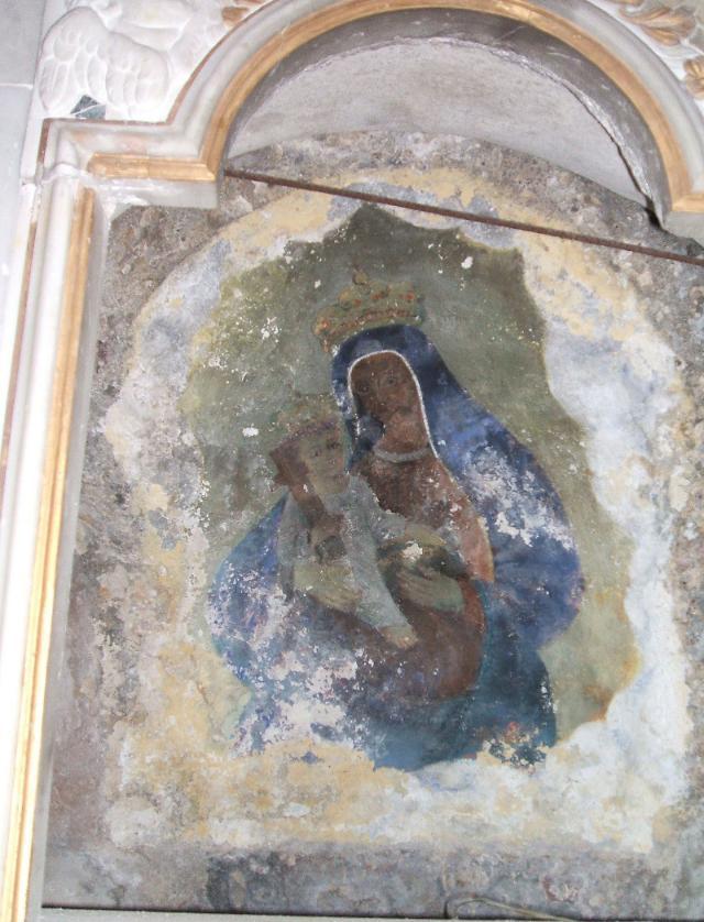 Maria Santissima di Adonai con in braccio il bambino - Brucoli (SR)