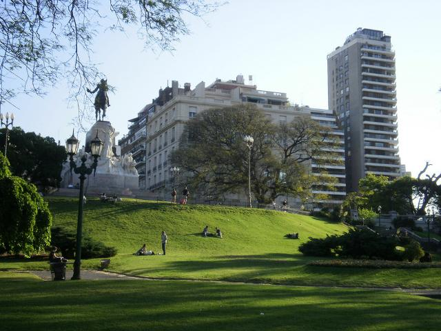 Un parco urbano nel barrio Palermo di Buenos Aires