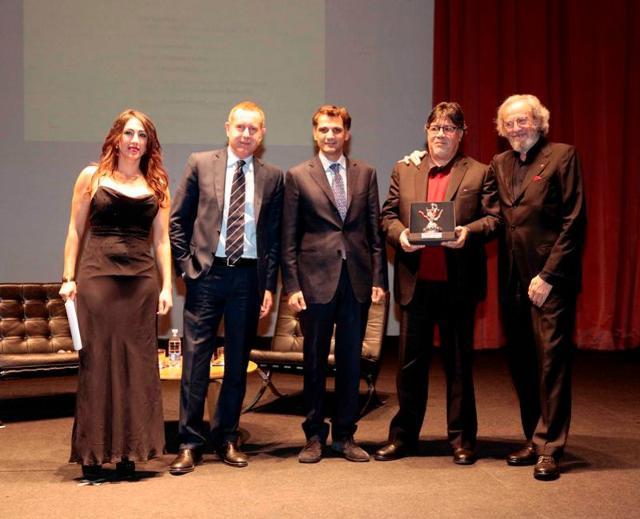 Il Premio Sicilia allo scrittore Sepúlveda