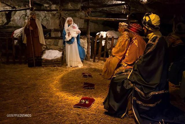 La Natività e i Tre Re nel Presepe Vivente di Monterosso Almo