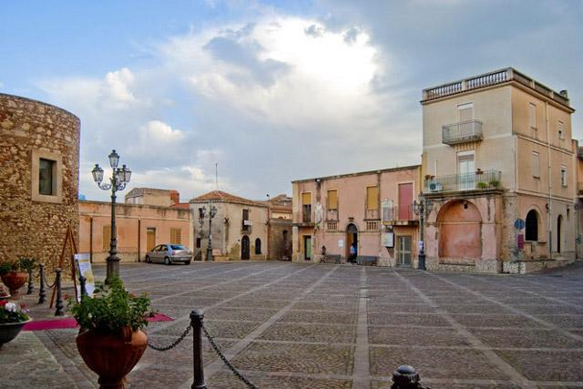 Piazza del Popolo - Roccavaldina