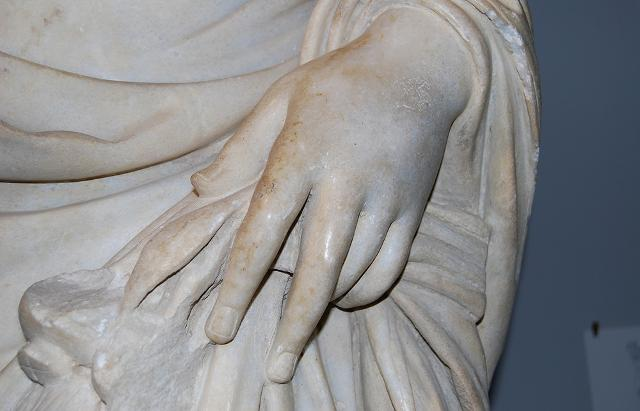 Particolare statua del Museo archeologico regionale di Centuripe