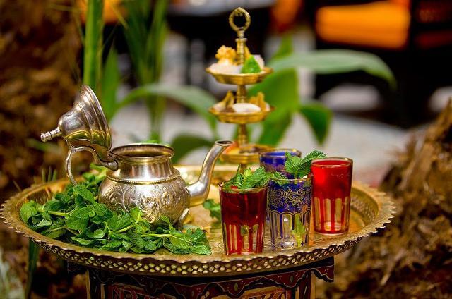 Dopo il couscous, un tè alla menta è la perfetta conclusione del pasto.