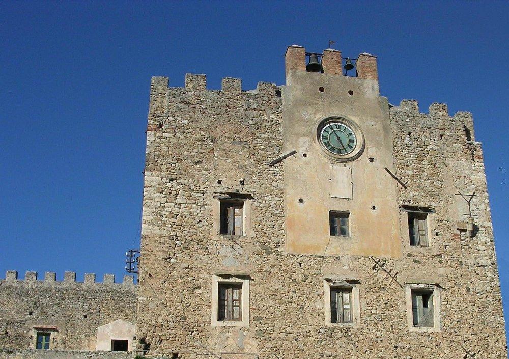 Il Castello Beccadelli Bologna