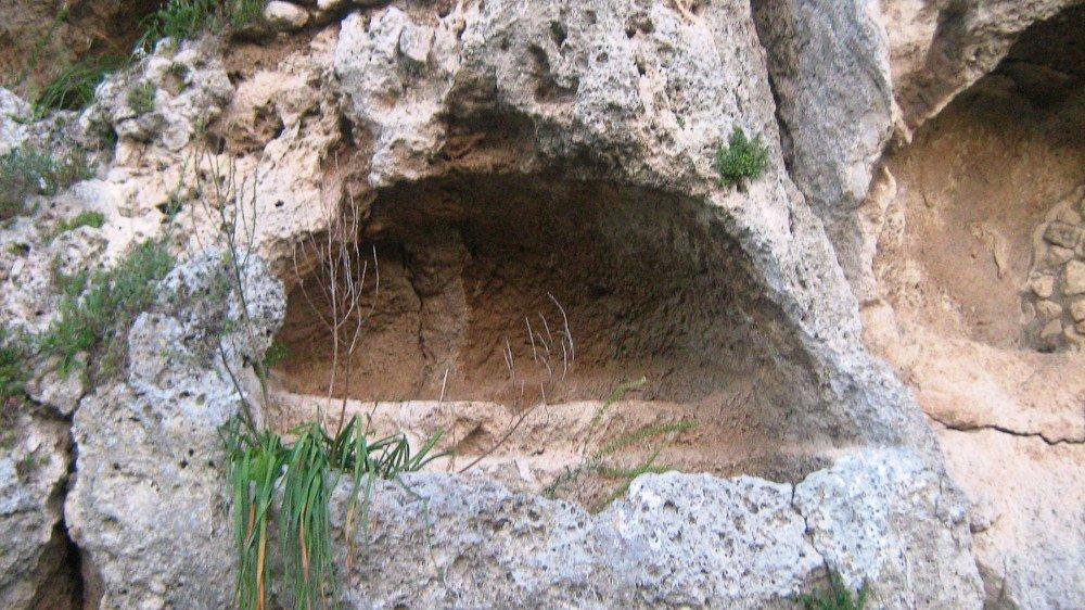 Necropoli di Caldare