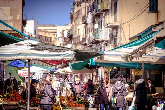 Il Mercato di Ballarò, Palermo - Foto di Vincenzo Russo