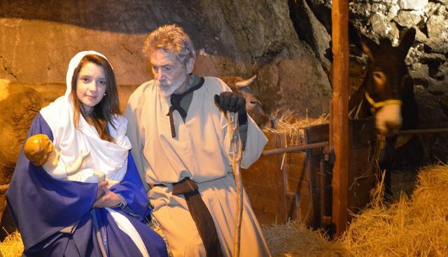 La Sacra Famiglia nel Presepe vivente di Sutera