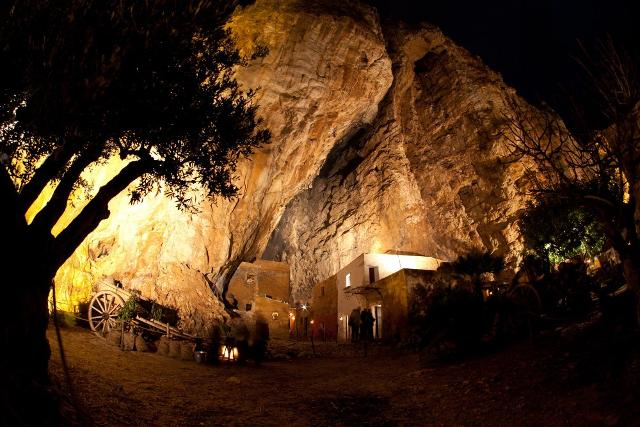 La Grotta di Custonaci-Betlemme