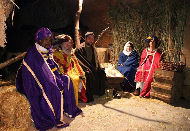 La Natività e i Re Magi nel Presepe vivente di Cammarata