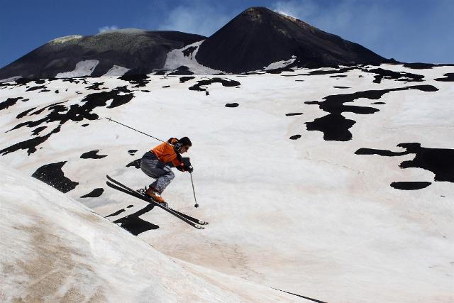 Sciare sul vulcano più alto d'Europa