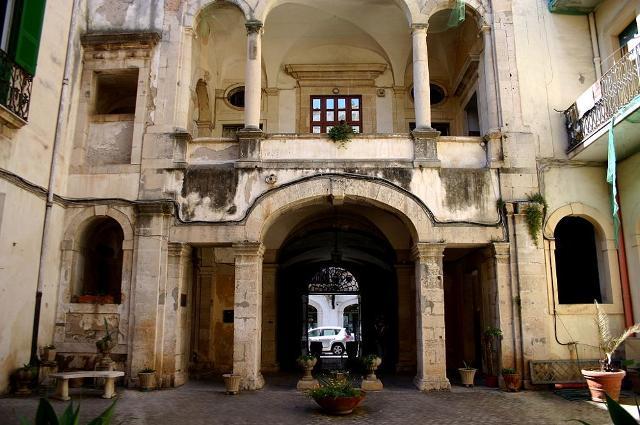 Palazzo dei Principi Bonanno - ph. Giovanni Dall'Orto