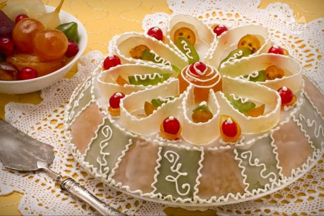 """Anche per il pranzo di Natale in Sicilia non può mancare la """"cassata siciliana""""..."""