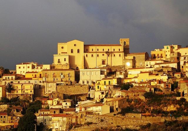 Castroreale e il suo Duomo