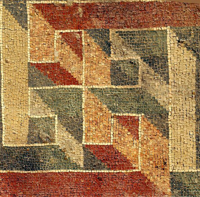 Geometrie musive nella Villa Romana del Tellaro - ph Giovanno from Catania