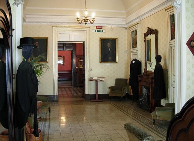 L'ingresso della Casa-Museo di Giovanni Verga a Catania