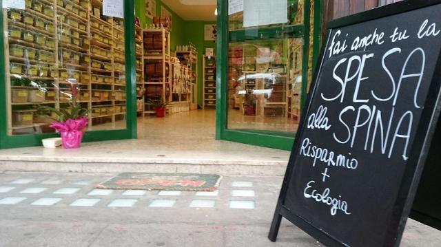 Perché non votarsi agli acquisti nei negozi alla spina?