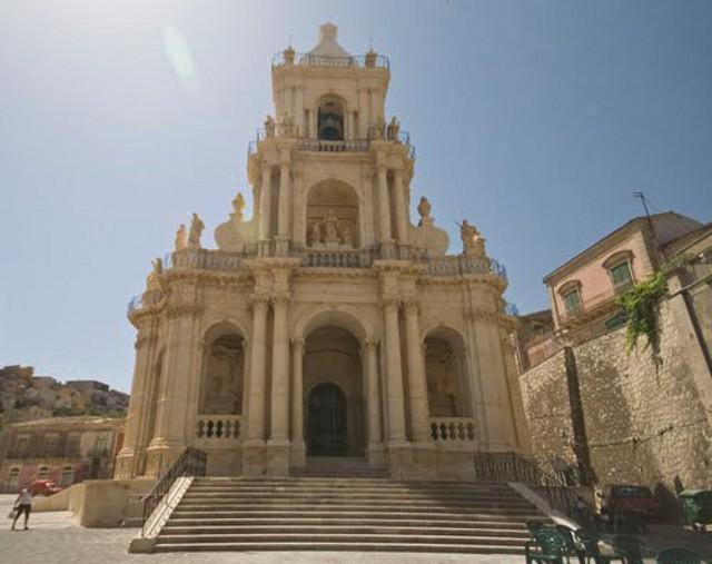 La Basilica di San Paolo Apostolo - Palazzolo Acreide