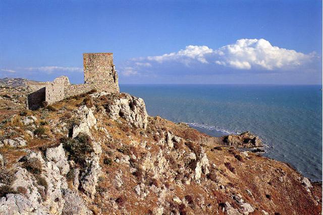 Il panorama che si gode dal Castello di Palma di Montechiaro