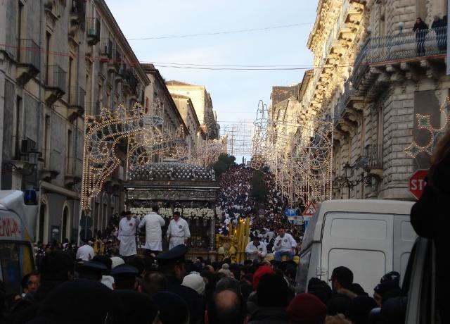 """L'""""acchianata"""" di San Giuliano durante i festeggiamenti di Sant'Agata"""