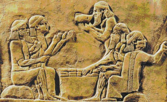 Quando i Sumeri passano la mano ai Babilonesi, la birra è già un must...