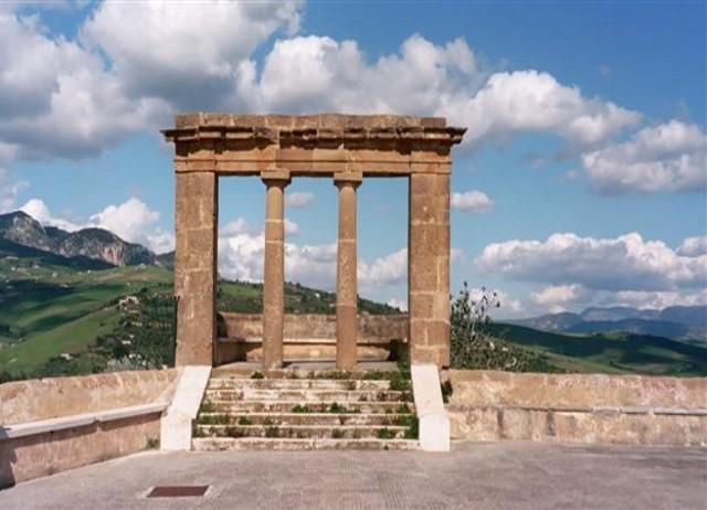 """Il """"Belvedere"""" di Sambuca di Sicilia"""