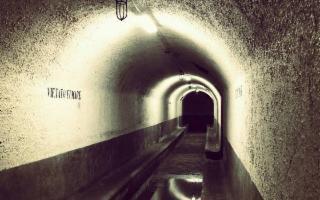 Visita al Rifugio antiaereo sotto Palazzo delle Aquile